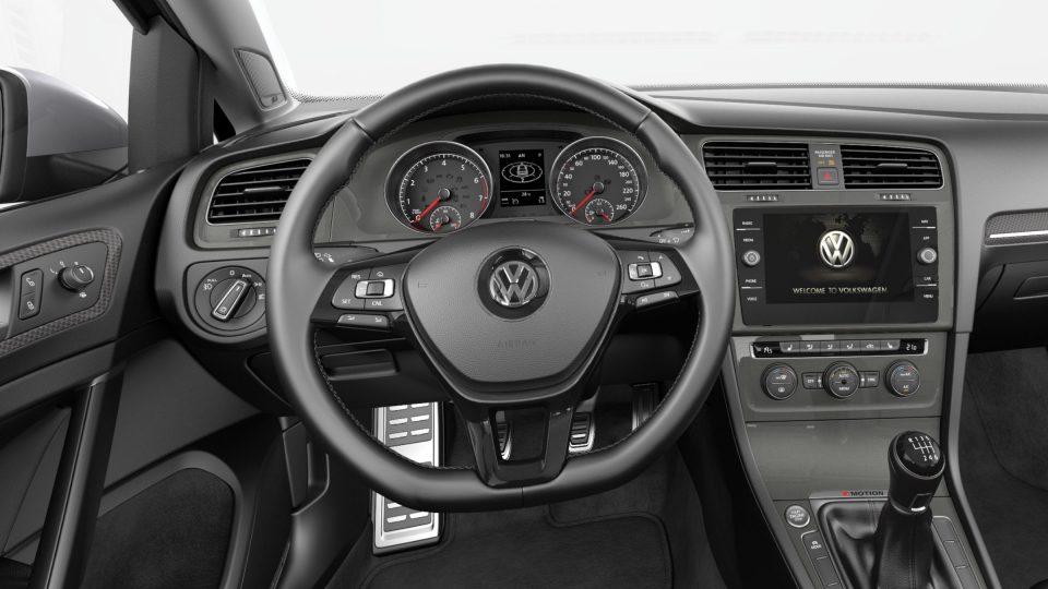 2018 Golf Alltrack multifunction steering wheel