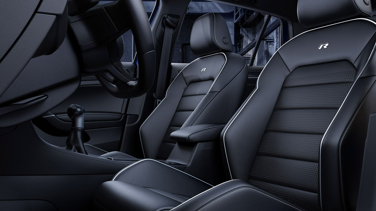 2019 Golf R Black Sport Seats