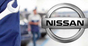 Vehicle service with Hull Nissan