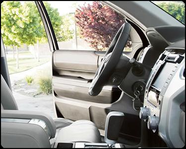 2018 Toyota Tundra Interior Cabin Front Seat Door Open