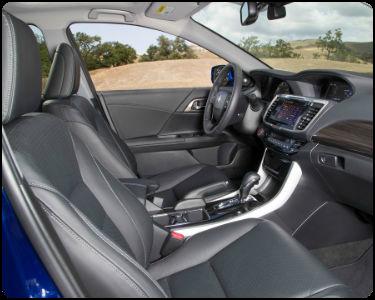 2017 Honda Accord Hybrid vs 2017 Toyota Camry Hybrid