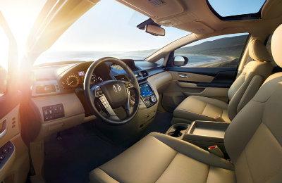 2017-Honda-Odyssey-B6 Interior