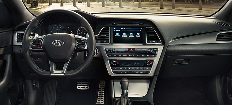 2016-hyundai-sonata-interior-design-winnipeg-mb
