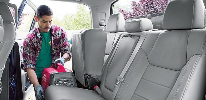 2017 Toyota Tundra Interior Seating Yorkton, SK